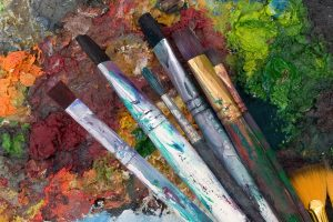 art_paintbrushes_dull_colors-1
