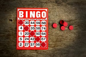 bingo_card_and_chips_84083797-13