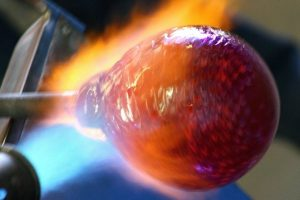 art_glass_blowing