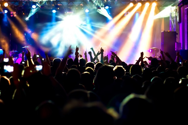 crowd-at-concert-multicolored-lights-1